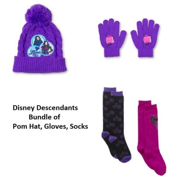 Disney Descendants 3 Pom Pom Beanie Hat Pink